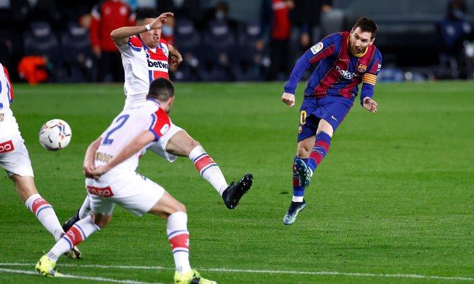 Месси повторил рекорд Хави по матчах в Ла Лиге за Барсу