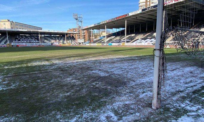Игра Брюгге в чемпионате Бельгии перенесена из-за замерзшего газона
