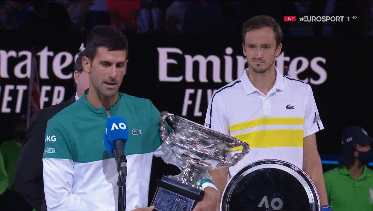 Джокович победил Медведева и девятый раз стал чемпионом Australian Open - изображение 3