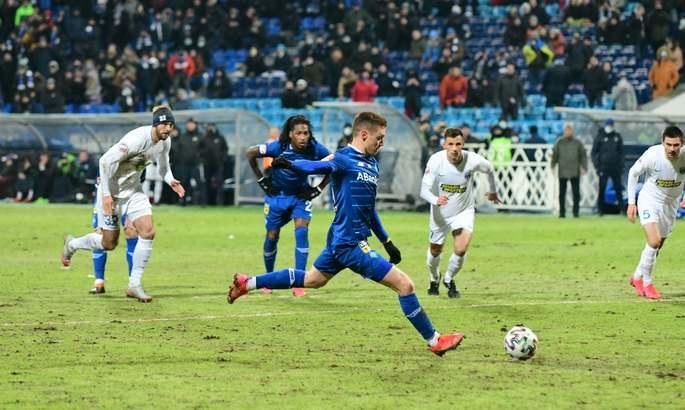 Динамо теряет, Интер укрепляется, Барса отстает. Главные новости за 21 февраля