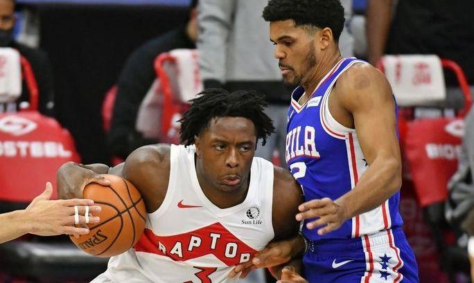 НБА: Филадельфия сильнее Торонто, победы Клипперс и Милуоки