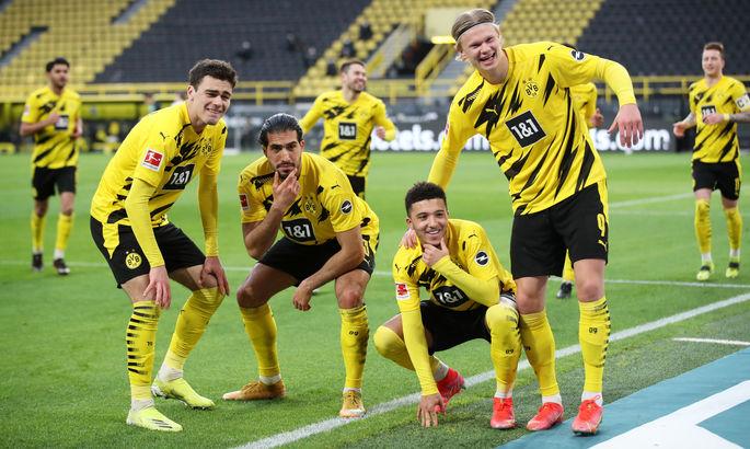 Бундеслига. Разгромы от Баварии и Дортмунда, дебютный гол Чупо-Мотинга, беспросветный Шальке