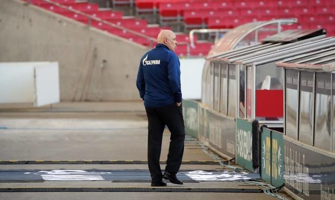 Кадровая зачистка. Шальке уволил главного тренера, его ассистента, спортдиректора и физиотерапевта