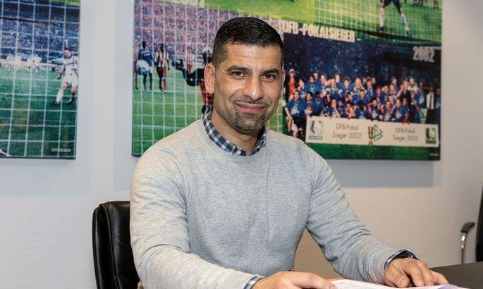 Шальке 04 возглавил греческий тренер
