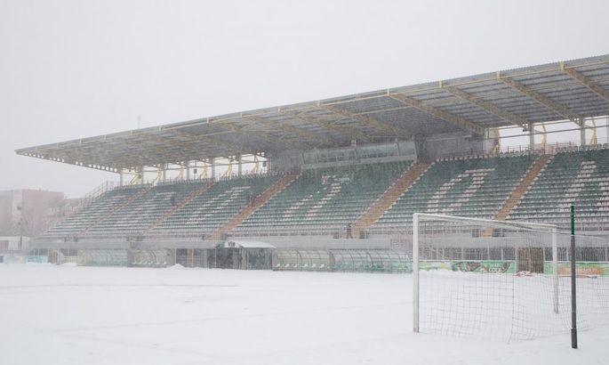 Матч Оболонь - Верес снова перенесен. Киев завалило снегом