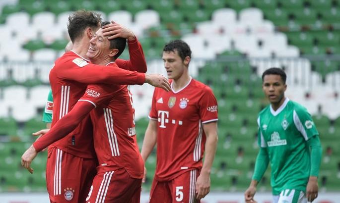 Левандовський вийшов на друге місце за кількістю м'ячів в історії Бундесліги