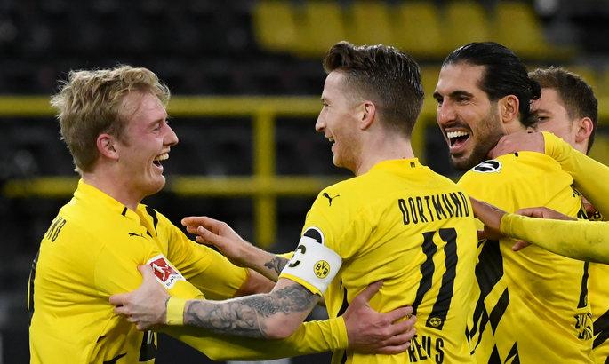Бундеслига. Две вратарские ошибки помогли Дортмунду переиграть Герту