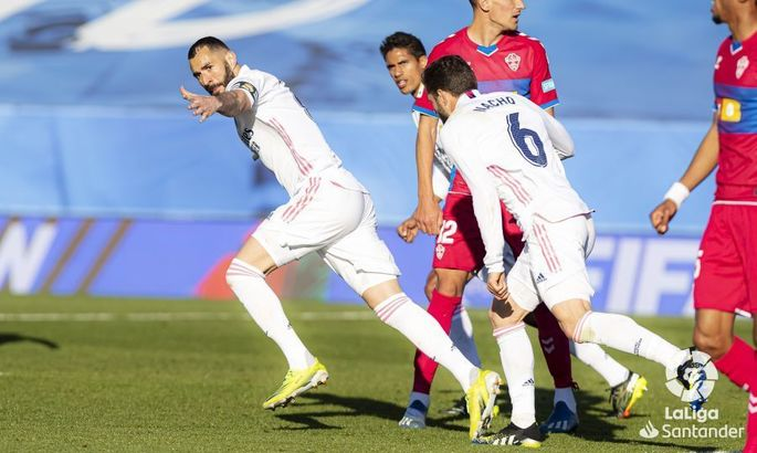 Бензема тримає мадридців в грі. Реал - Ельче 2:1. Огляд матчу та відео голів