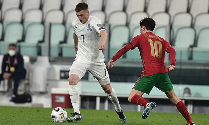 Резкий, цепкий, умный. СМИ Азербайджана хвалят Нуриева за матч с Португалией