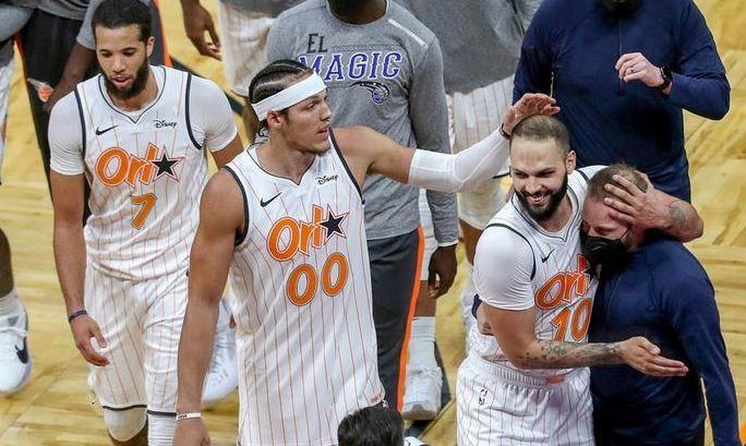 Клуб НБА в один день обменял трех лидеров