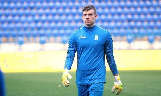 Лунин получил наказание от партнеров по сборной Украины