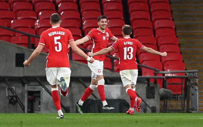 Отбор на ЧМ-2022. Англия - Польша 2:1. Дожали количеством - изображение 1