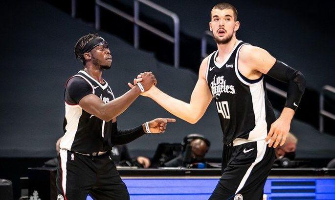 НБА: Клипперс обыграли Детройт, Бостон сломил Денвер