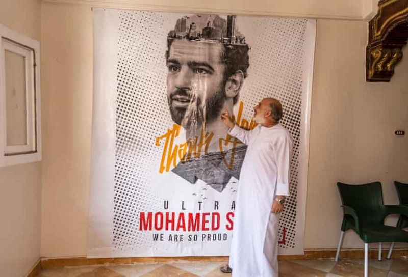 Благодійність як спосіб життя: Салах витрачає мільйони на школи, лікарні, а тепер і на кисень для єгиптян - изображение 4