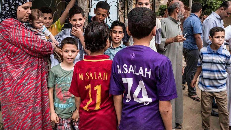 Благодійність як спосіб життя: Салах витрачає мільйони на школи, лікарні, а тепер і на кисень для єгиптян - изображение 7