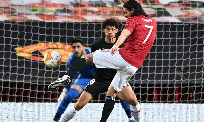 Этим голом Кавани установил планку Уругвая в турнирах УЕФА