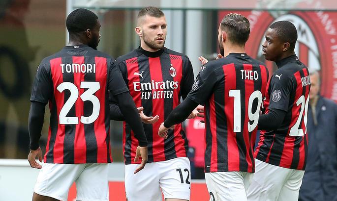 Серия А. Милан спасается благодаря сопернику, Рома бросает лигу, Лацио приближается