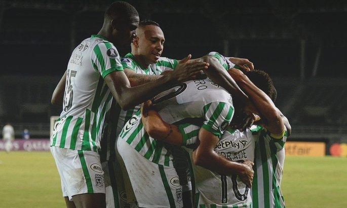 Убаюкали и забили. ВИДЕО гола в Кубке Либертадорес после 33 передач подряд