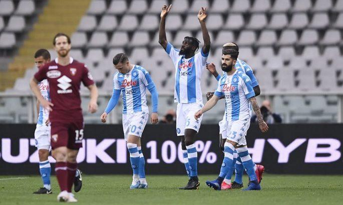 Серия А. Наполи сравнивается по очкам с Ювентусом и Миланом