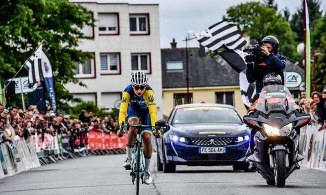 Украинский велогонщик в 18 лет дебютирует на Джиро