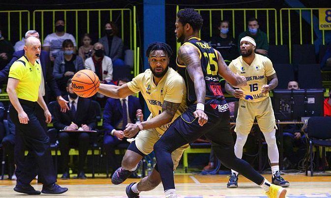Будивельник впервые в сезоне обыграл Киев-Баскет