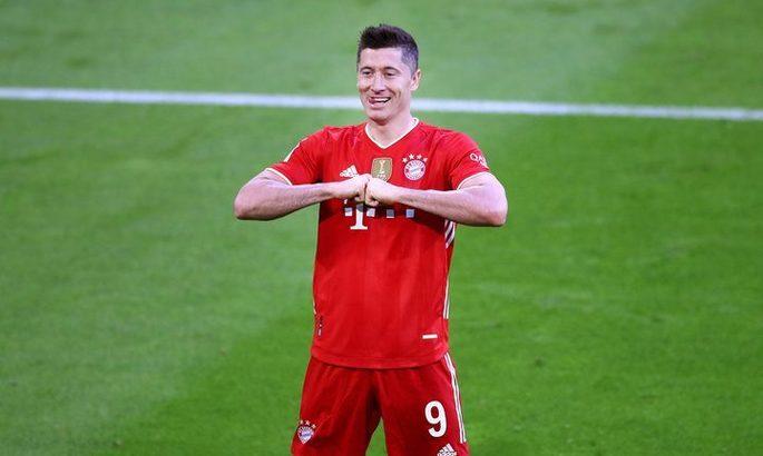 Бундеслига. Бавария – Боруссия М 6:0. Мюнхен бурно празднует титул, 39-й гол Левандовски