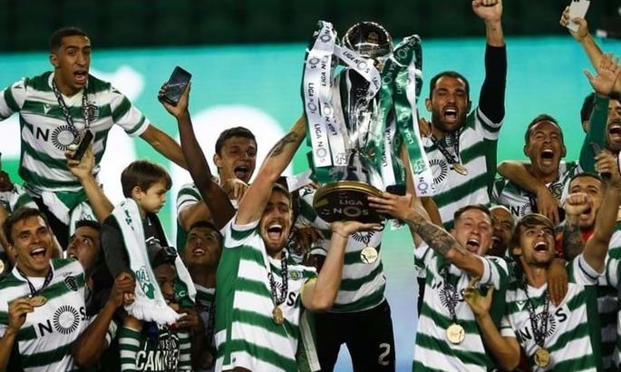 Спортинг впервые за 19 лет выиграл чемпионат Португалии