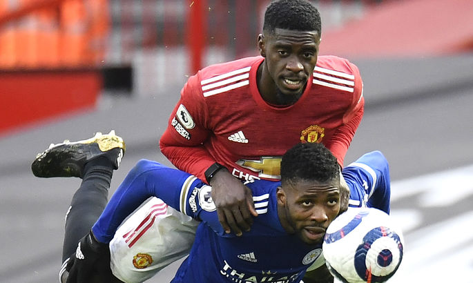 На стиле: защитник Манчестер Юнайтед вышел на поединок против Лестера с Apple Watch на руке?