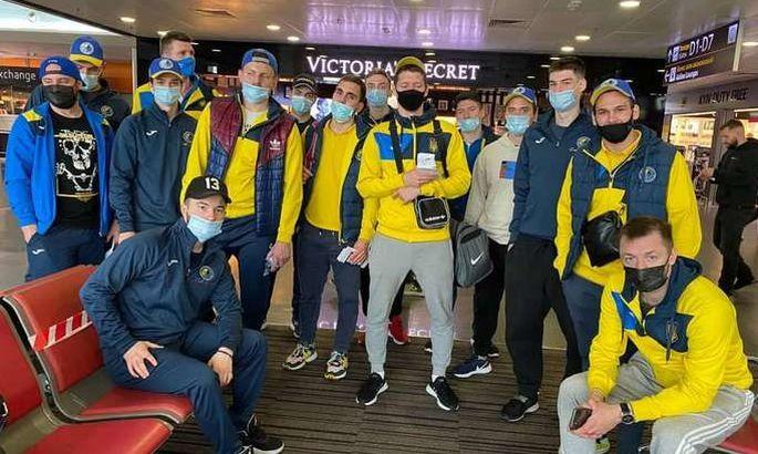 Сборная Украины по хоккею отправилась в Словению на международный турнир