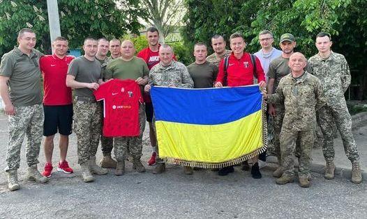 Верес сыграл товарищеский матч с военными ВСУ на востоке Украины
