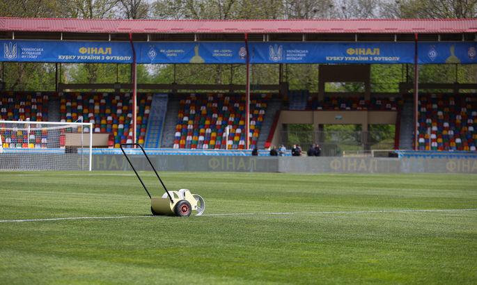 Агроном Динамо: Стадион в Тернополе понемногу разваливается, в грунте очень много червей