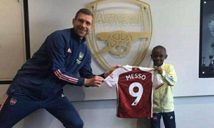 Арсенал подписал Лео Мессо