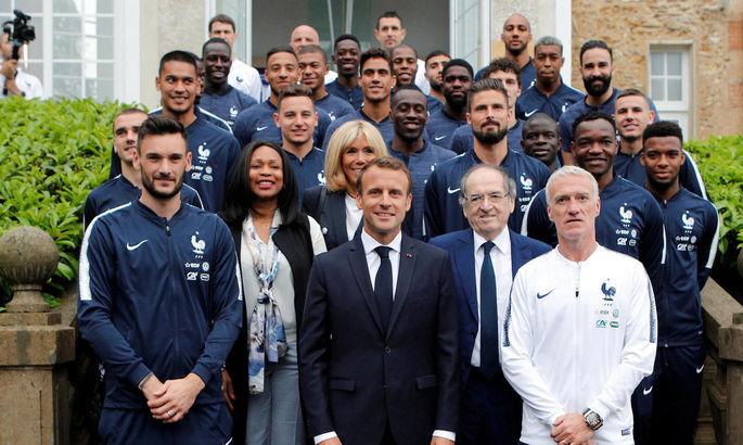 Президент Франции сравнил себя с Дидье Дешамом