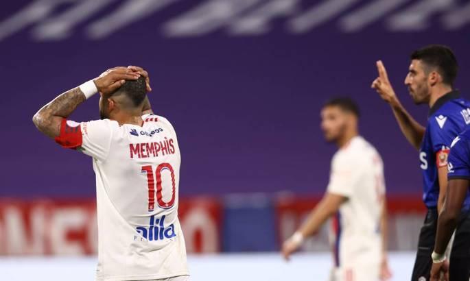 Лига 1. Лион упустил возможность попасть в ЛЧ, Нант сыграет в плей-офф за право остаться
