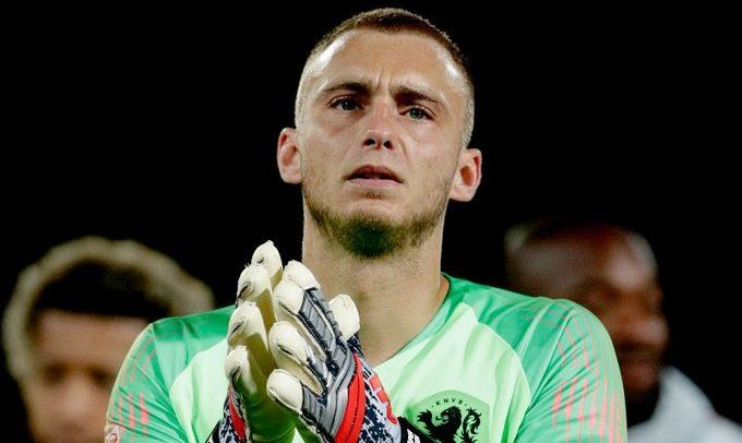 Потеря сборной Нидерландов: на Евро-2020 не поедет голкипер