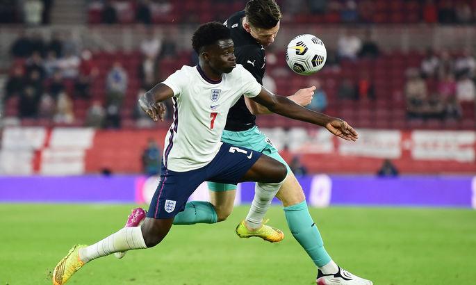 Игроки Портсмута издевались над футболистами сборной Англии