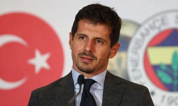 Фенербахче расстался с главным тренером. Ребров был одним из кандидатов