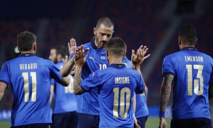 ТМ. Італія демонструє міць і виносить Чехію