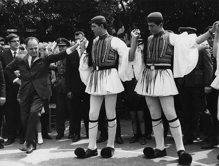 Объединенный чемпионат по-гречески, или Как черные полковники Кипр присоединяли - изображение 2