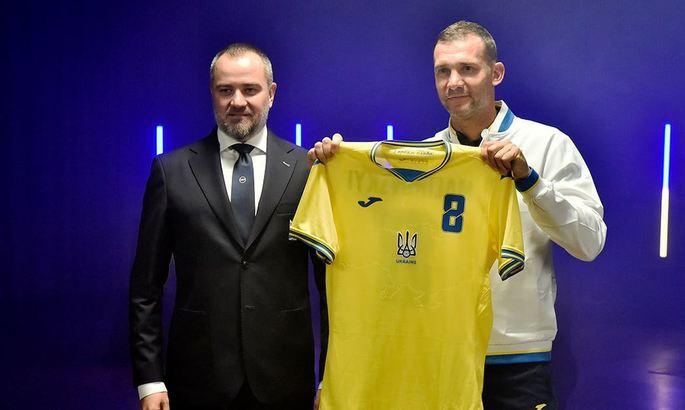 Шевченко: Форма сборной одобрена УЕФА. Какая может быть полемика?