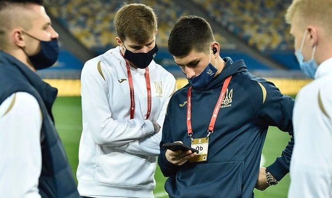 Как мог бы выглядеть плейлист сборной Украины с песнями на украинском языке и без Моргенштерна. ВИДЕО