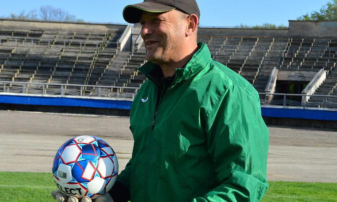 Прикарпатье подпишет полноценный контракт с главным тренером