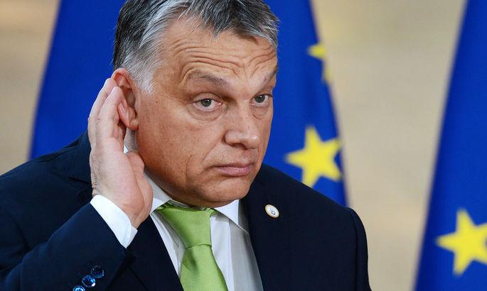 Премьер-министр Венгрии вступился за болельщиков, которые спровоцировали расистский скандал