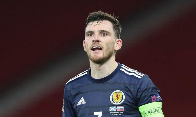 Под давлением сборная Шотландии согласилась становиться на колено перед матчами Евро-2020