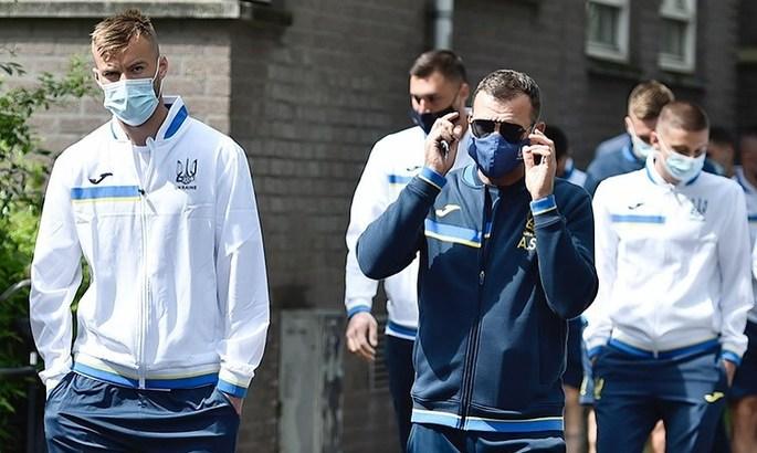 Сборная Украины остается в Бухаресте, где продолжает подготовку к возможным будущим матчам