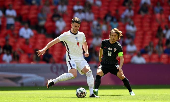 Фанати свистіли, коли англійці схилили коліно, а футболісти Хорватії ні