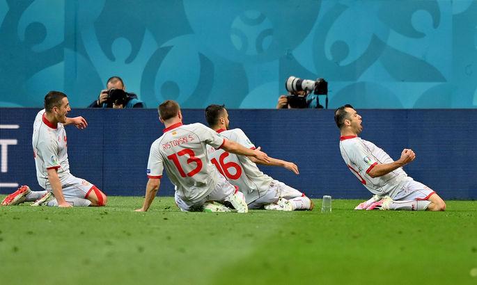 Триллер с участием Украины, история македонцев, скандал с BLM. Лучшие кадры Евро-2020 за 13 июня - изображение 4