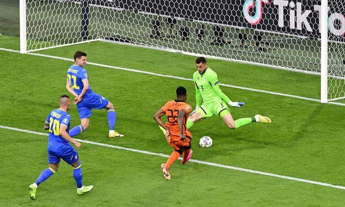 Бущан вошел в тройку лучших вратарей Евро-2020 по показателю сейвов