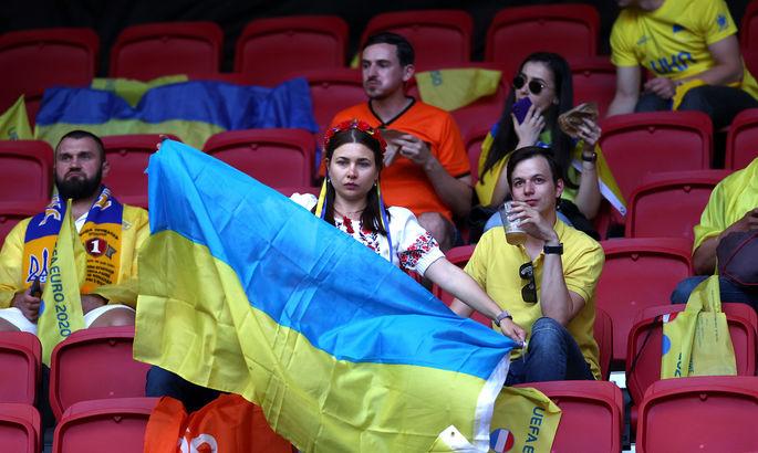 Триллер с участием Украины, история македонцев, скандал с BLM. Лучшие кадры Евро-2020 за 13 июня