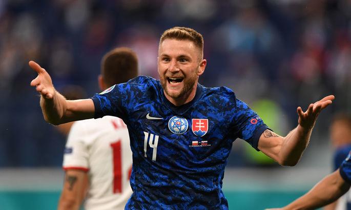 Без Роналду, но с главным обидчиком сборной Украины. Символическая сборная 1-го тура Евро-2020 - изображение 2